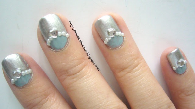 winter blue silver nails 3