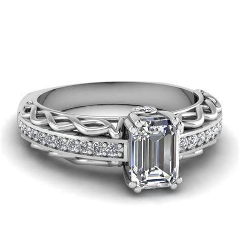Shop For Classy Bezel Set Engagement Rings   Fascinating