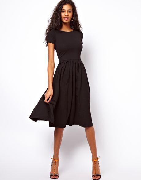 Plus size dresses that hide belly bulge