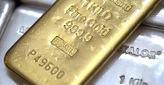 Gold marks its 8th first quarter gain in 10 years