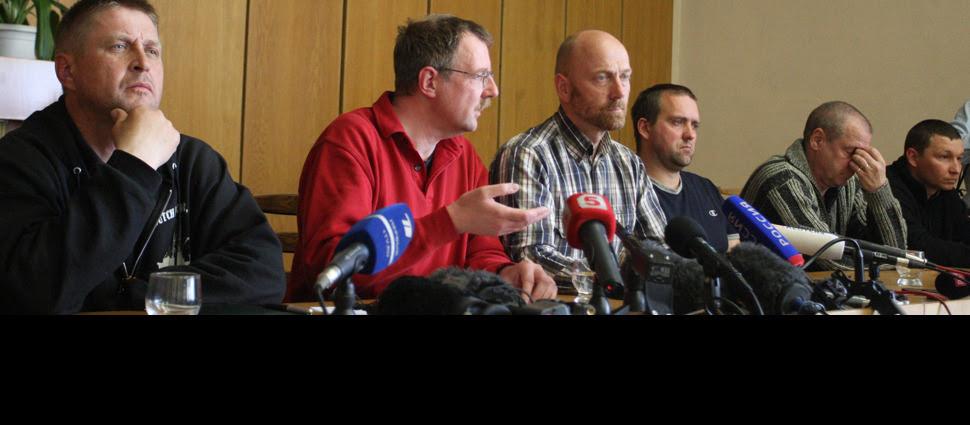 """Pokazowa """"konferencja"""" separatystów.  Porwany Polak: Byłem i jestem dobrze traktowany"""