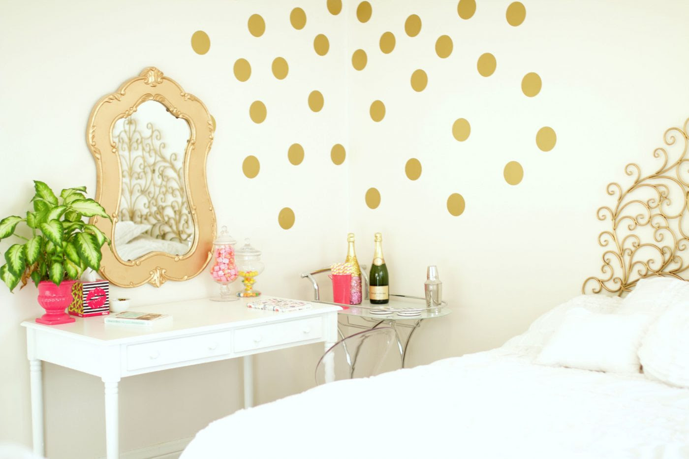 Bedroom Inspiration | Baubles to Bubbles