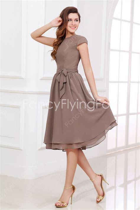 Elegant Brown Chiffon Cap Sleeves Jewel Neckline A line
