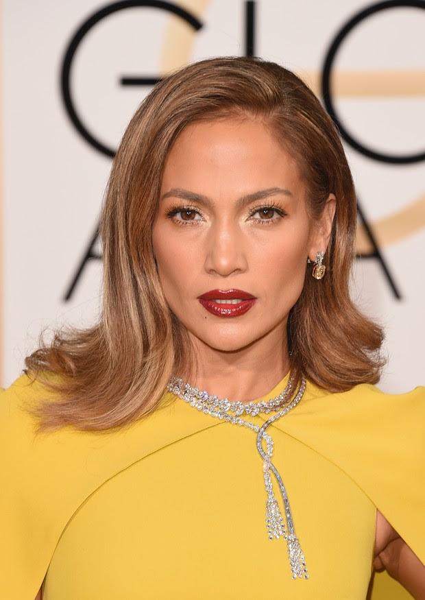 Jennifer Lopez no Globo de Ouro (Foto: AFP)