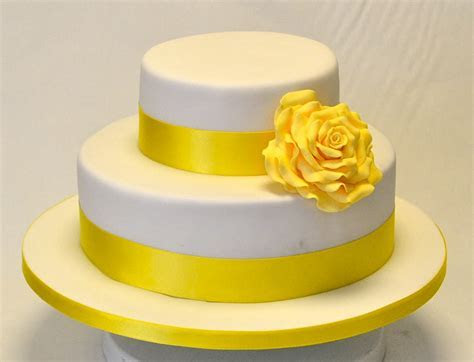 2 Tier Yellow Rose Cake   Wedding Cakes   Cakeology