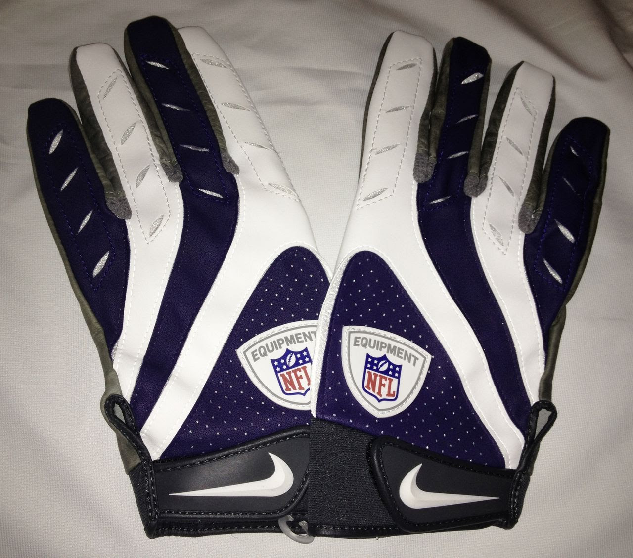 NEW Mens 3XL NIKE Pro Elite Remix NFL Equipment Skill Position Football Gloves
