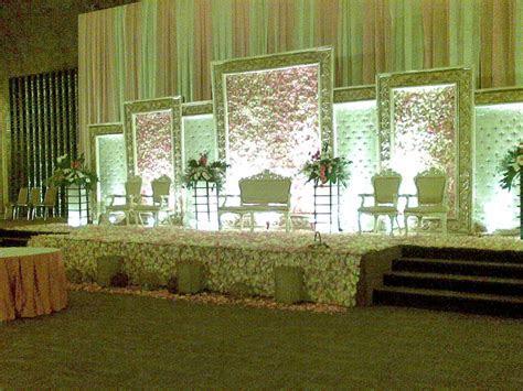 Wedding decorations: Modern Minimalist Wedding Decorations