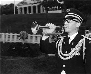 Bugler at Arlington National Cemetery