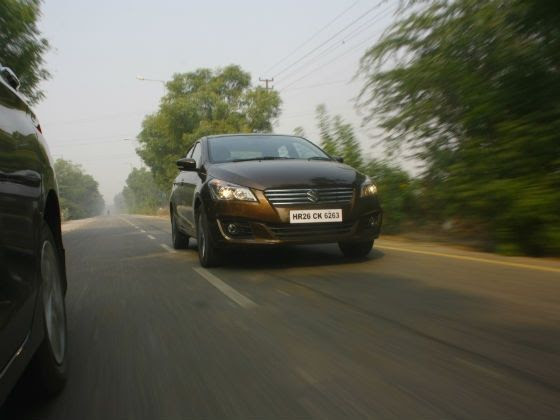 Maruti Ciaz tracking shot