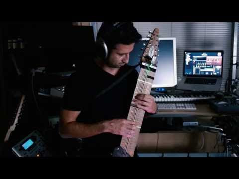 Chapman Stick SG12 with Apple MainStage and soft synth