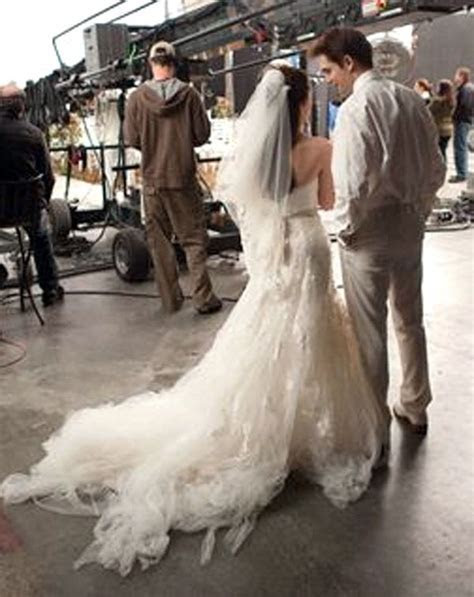 'Breaking Dawn' Wedding Dress: Bella's Nightmare Wedding