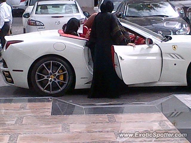 Ferrari California spotted in Dubai, United Arab Emirates ...