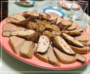 池袋「線條手打餃子専門店」にて、台湾の味の前菜盛り合わせ。