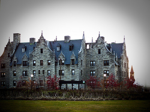 Ready to get my 'Ghost Adventures' on in Converse, UVM's haunted dorm.   #notmypicture