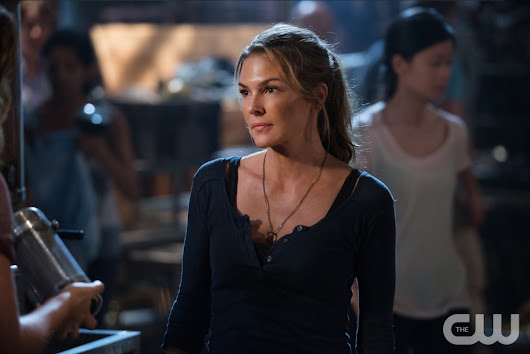 "Recap: THE 100 Has Its Own ""Gone Girl"""