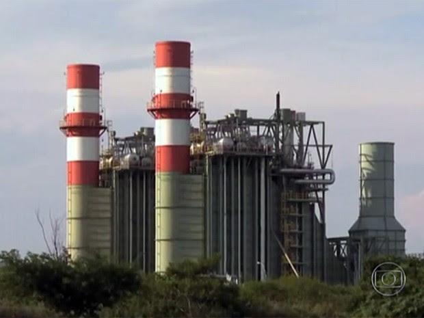 Energia gerada nas usinas térmicas é mais cara (Foto: Reprodução/Jornal Nacional)
