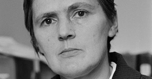 Frances Oldham Kelsey, F.D.A. Doctor Who Exposed Danger of Thalidomide, Dies at 101