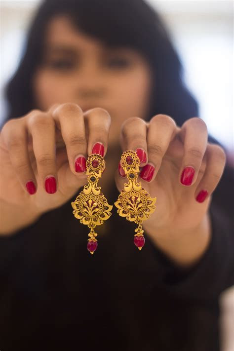 GETTING WEDDING READY WITH TANISHQ WEDDING COLLECTION