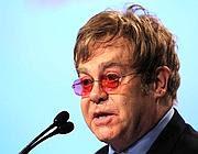 Elton John in testa ai firmatari della lettera anti-Google (Afp)