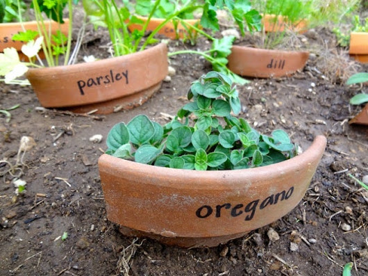 Repurpose Broken Pots - Bob Vila