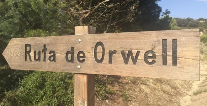 Cartel que indica el inicio de la Ruta de Orwell