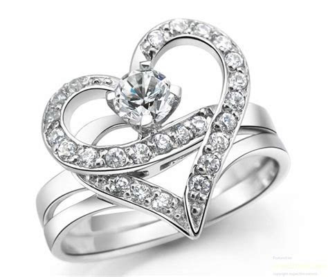 10 Designer Engagement Rings From Tanishq   Jewelsome