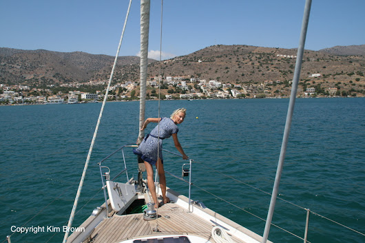 How to anchor a sailboat - what I've learned about anchoring thus far - Sailing Britican
