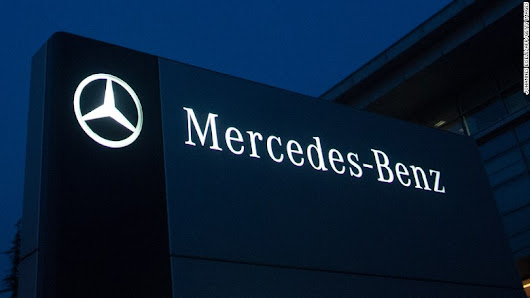 Mercedes recalling 300,000 cars due to fire hazard