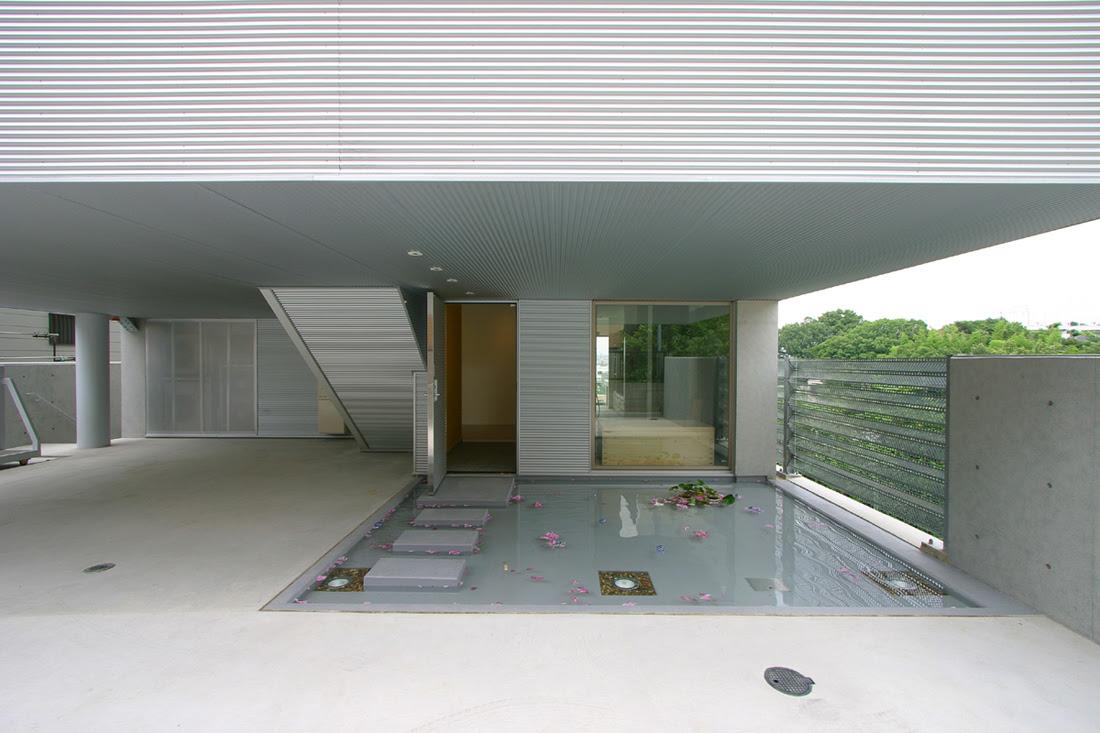M house - Architecture W, Architecture