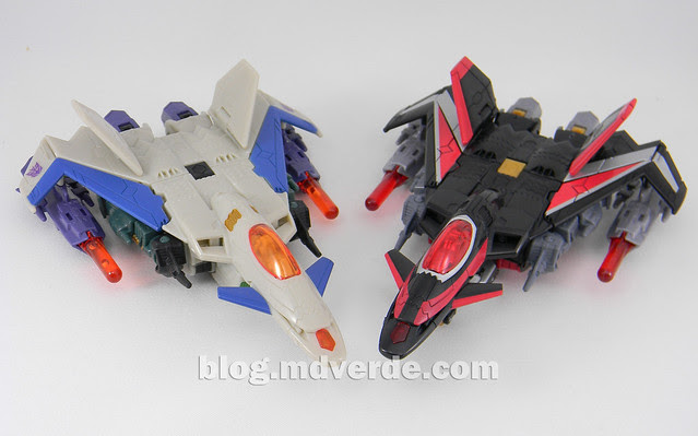 Transformers Sky Shadow Deluxe - Generations - modo alterno vs Thunderwing