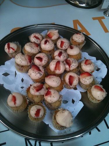Orange strawberry poppyseed mini cupcakes, Kumquat Cupcakery