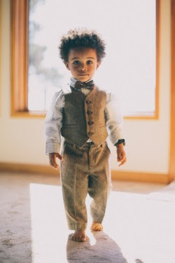 photography baby cute fashion child style kid cutie aww yes please blog Suit bow tie afro natural hair tweed via urbanbushbabes baby in a suit baby in a bow tie Je voudrais