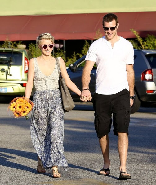 'Safe Haven' actress Julianne Hough is all smiles while shopping at Whole Foods with her new boyfriend, hockey player Brooks Laich on February 17, 2014 in West Hollywood, California.