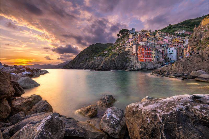 The sun is setting over Riomagiorre – Cinque Terre