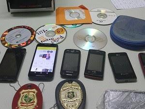 Análise pericial será feita em computador e celulares apreendidos (Foto: Felipe Lira/Polícia Civil)