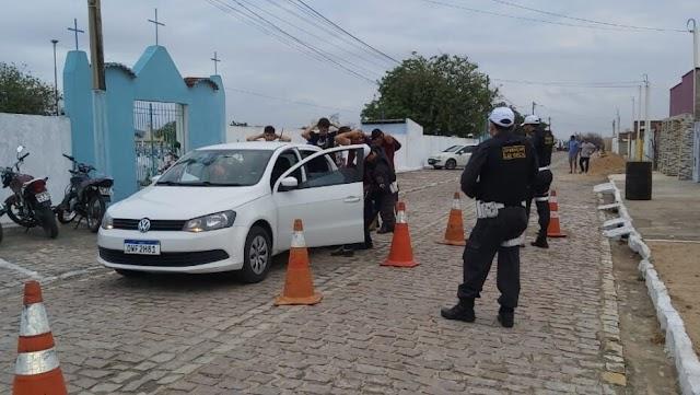 Blitz em vaquejada multa 67 motoristas por embriaguez ao volante no RN