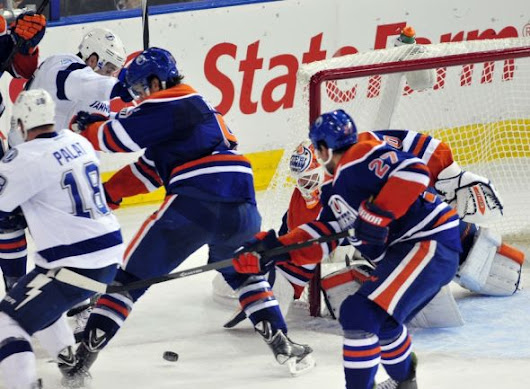Tampa Bay Lightning Sloppy In 3-2 Loss To Edmonton Oilers
