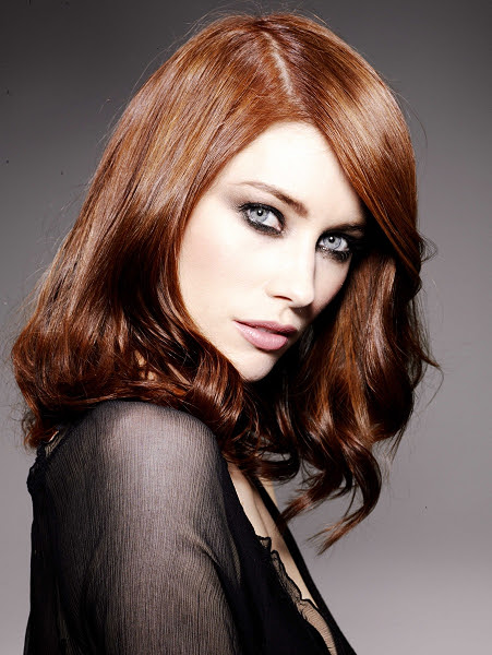 Pictures : Dark Red Hair Color: Is It Right for You?  Dark Copper Red Hair Color