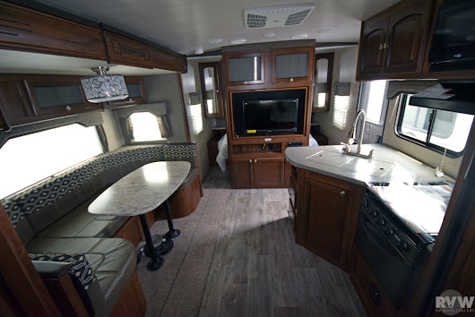 New 2018 North Trail 24BHS Travel Trailer by Heartland RV at RVWholesalers.com