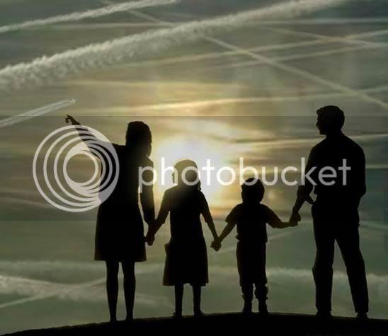http://i240.photobucket.com/albums/ff279/CasesCorner/Chemtrails_family_dees.jpg