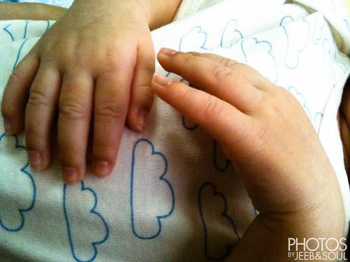 Qeeb's finger