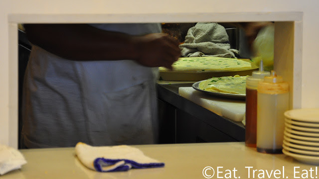 Easy Earthen, Rowland Heights, CA:  Making Green Onion Pancakes
