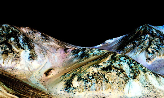Water on the red planet: Nasa reveals major discovery – in pictures | Science | The Guardian