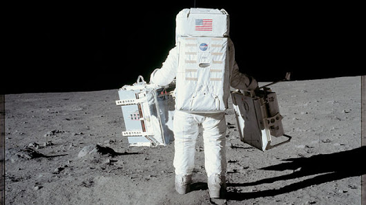 Every Photo Taken On Apollo Moon Missions Is Now Online