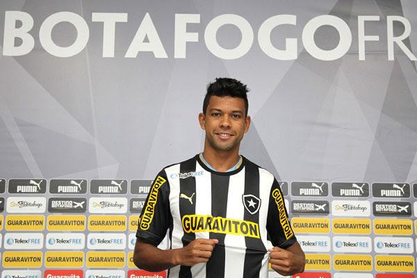 Potiguar Wallyson assinou com o Botafogo após passagem pelo Bahia