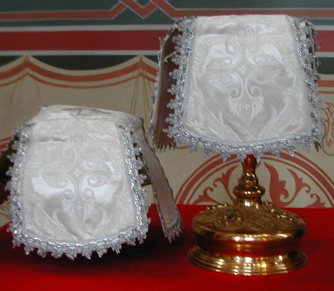Fichier:Covered Vessels 2.jpg