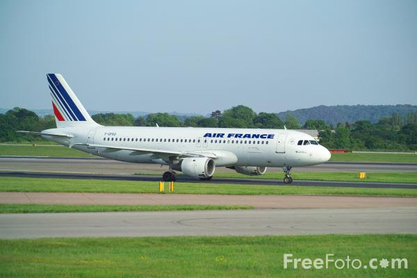Picture of Air France Airbus A320-211 F-GFKO - Free Pictures - FreeFoto.com