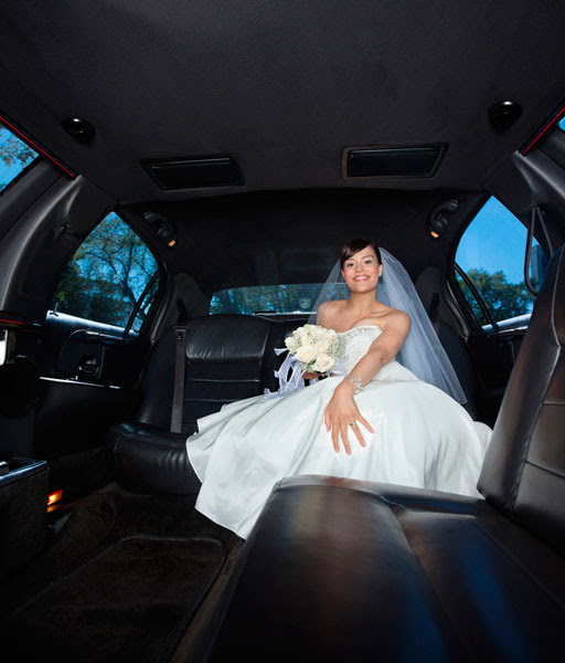 How Far In Advance Should I Book My Wedding Limo?