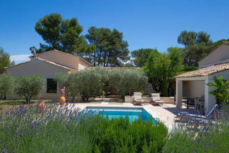 Only Provence Search Luxury Vacation Villas In France