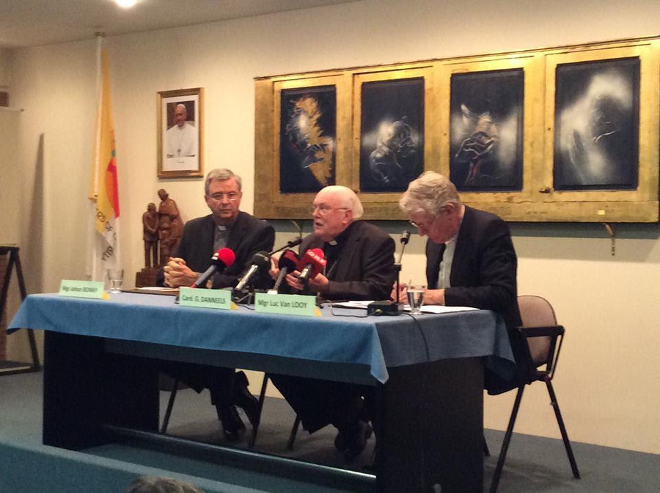 """Synode: """"L'Eglise n'a pas tranché, mais elle a changé de langage"""", assure Mgr Bonny"""